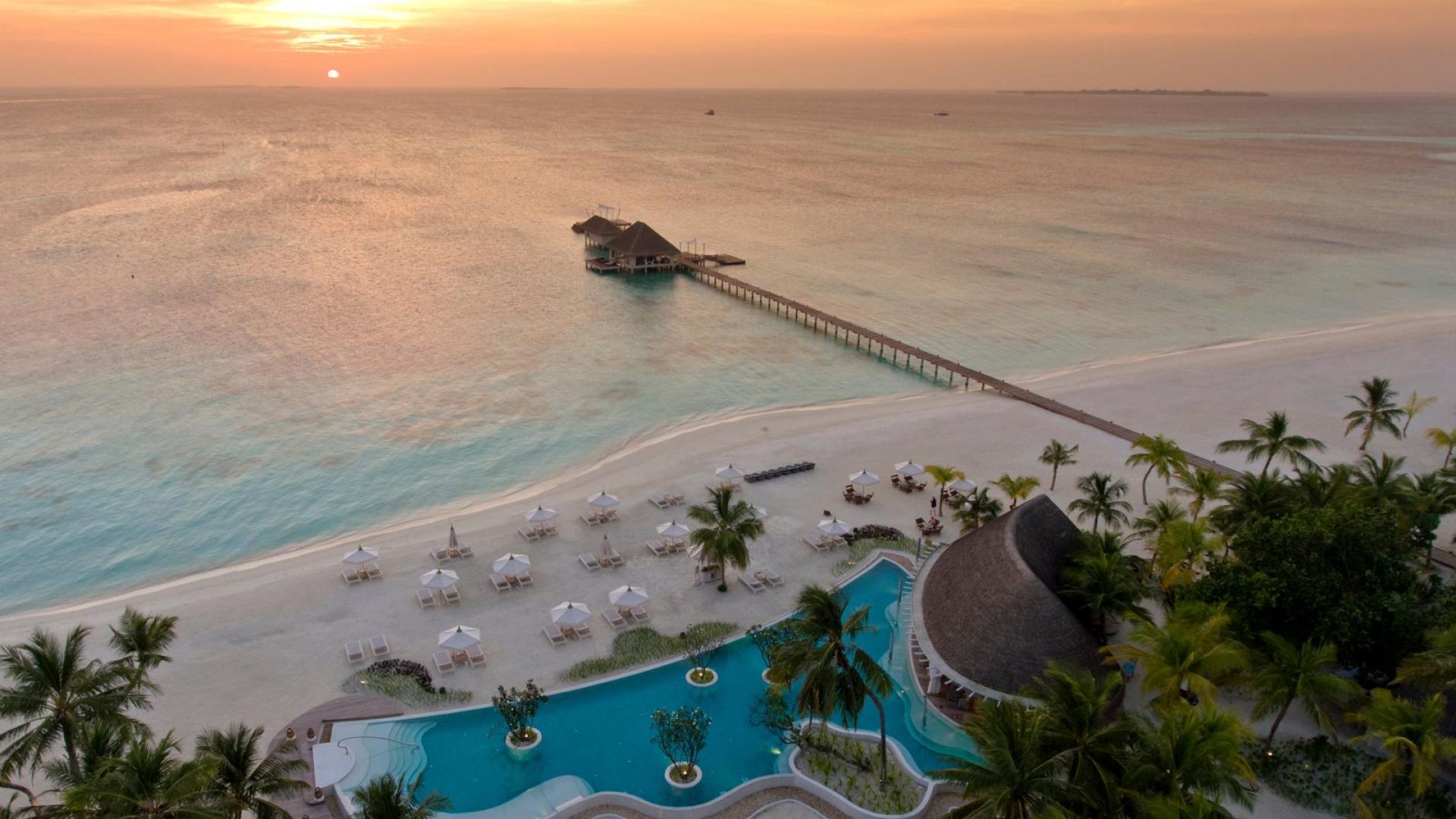 هتل کانوهورا مالدیو، در لیست برترین هتلهای لوکس آسیا