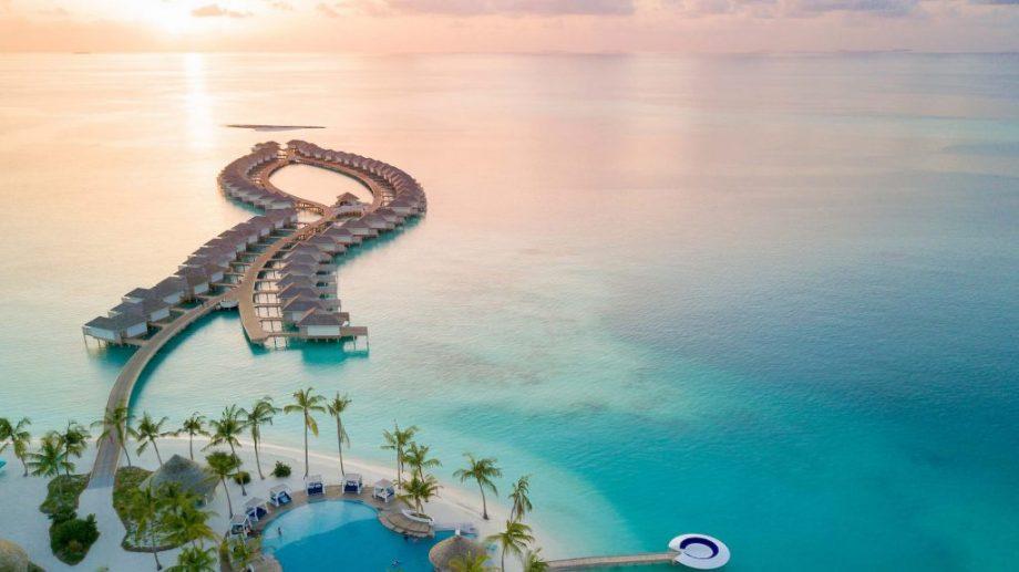 در این مسابقه شرکت کنید، یک سال اقامت رایگان در مالدیو برنده شوید!