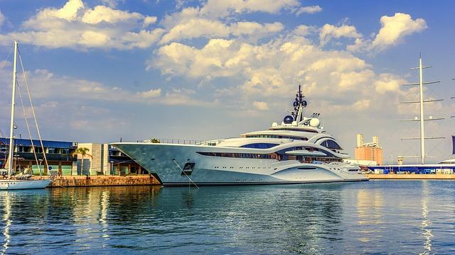 هدیه مالدیو به دریادوستان: در کشتی سافاری خود بمانید و تست کرونا بدهید!