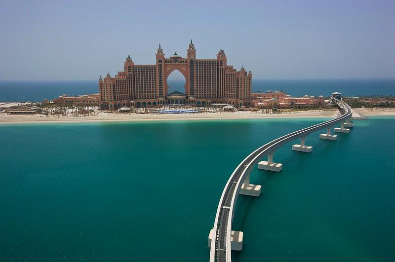 آتلانتیس د پالم سومین هتل دوستدار محیطزیست دبی با نشان نقرهای
